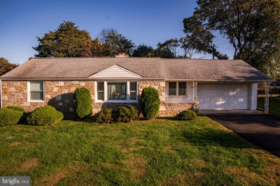 23 N Midway Ave
