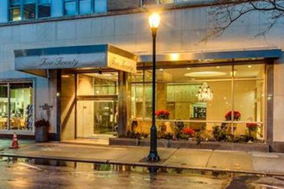 220 W Rittenhouse Sq #5E