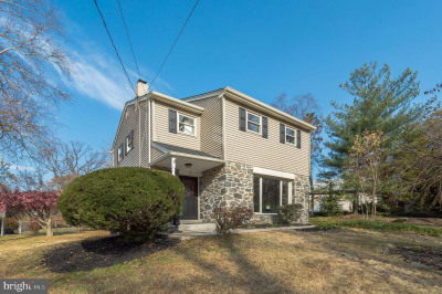 58 Colonial Dr