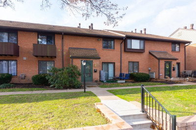 700 Ardmore Ave #516