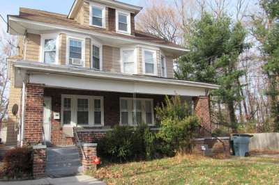233 Maple Ave