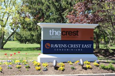 701 Ravens Crest Dr E