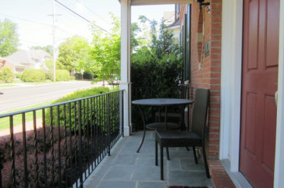 27 S Lincoln Ave #7