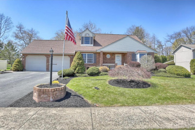 20 Carriage Dr