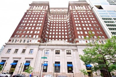 1600-18 Arch St #1220
