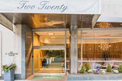 220 W Rittenhouse Sq #9D