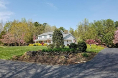 3 Forest Hills Ct