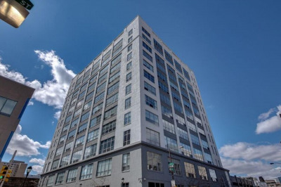 2200 Arch St #614