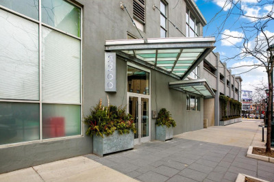2200-28 Arch St #1001