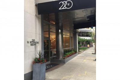220 W Rittenhouse Sq #7F