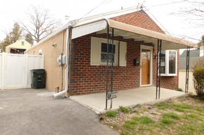 205 Cedar Rd