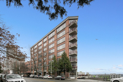 2319 1st Ave #302