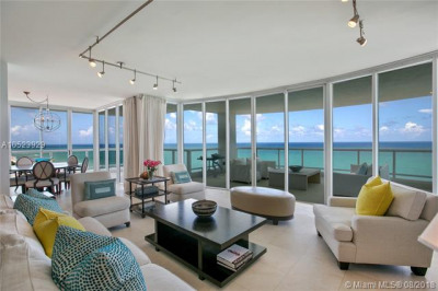 4201 Collins Ave #1903 1
