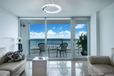 Direct Ocean View from Living Area