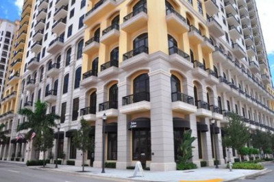 701 S Olive Avenue #2117