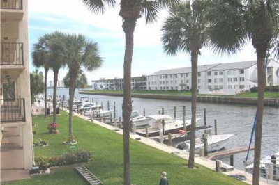 108 Paradise Harbour Boulevard #309