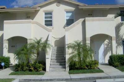 4516 Oak Terrace Drive