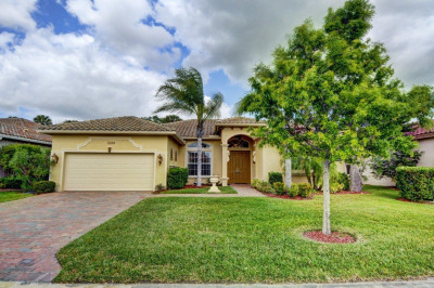 11226 SW Apple Blossom Trail
