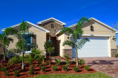 10195 SW Indian Lilac Trail
