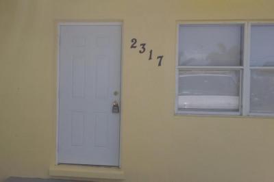 2317 Lark Lane