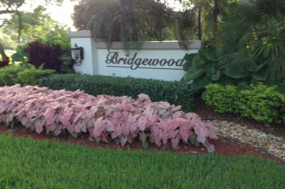 2003 Bridgewood Drive #2003