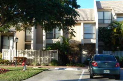 1002 Bridgewood Place
