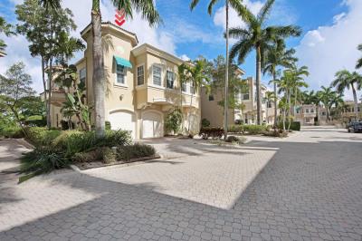 501 Resort Lane
