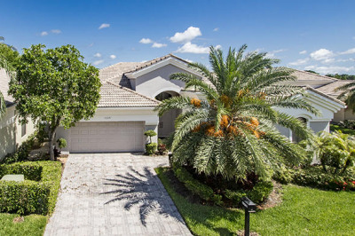 10241 Blue Heron Cove