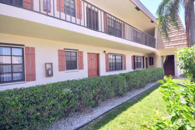 4111 Oak Terrace Drive