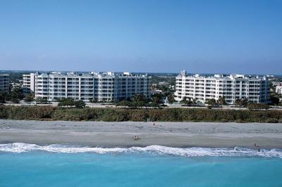221 Ocean Grande Boulevard #304