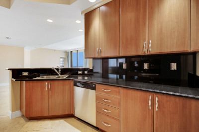 801 S Olive Avenue #1407