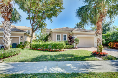 167 Orchid Cay Drive