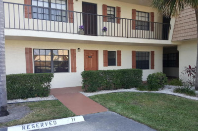 4133 Oak Terrace Drive