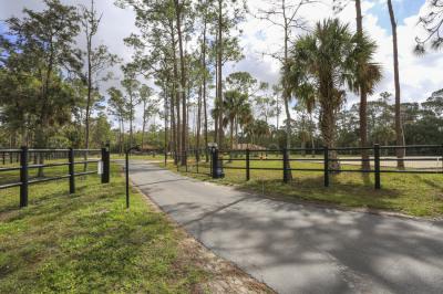 2610 Doe Trail