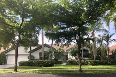 2225 SW 16th Place