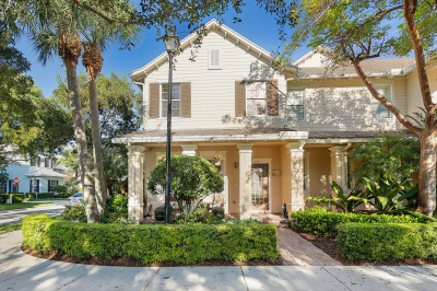 137 E Thatch Palm Circle