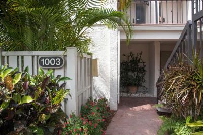 1003 Bridgewood Place