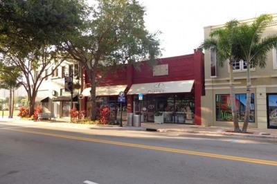522 Clematis Street