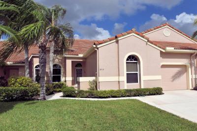 802 Sabal Palm Lane