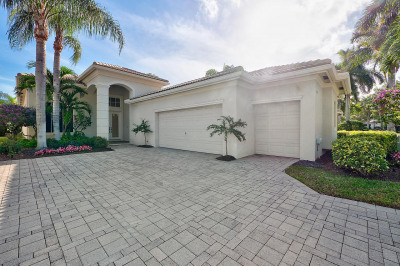 105 Orchid Cay Drive