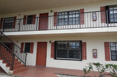 4315 Oak Terrace Drive