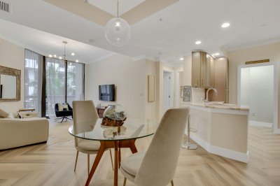 801 S Olive Avenue #919