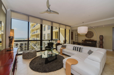 701 S Olive Avenue #1706
