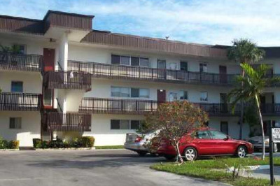 200 Waterway Drive S #105