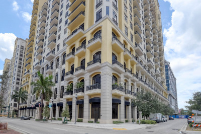 701 S Olive Avenue #116