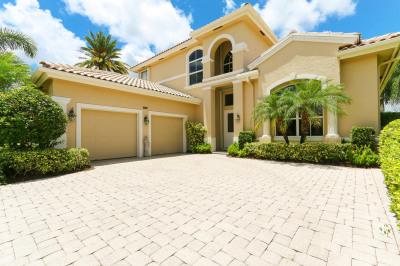 1121 Grand Cay Drive