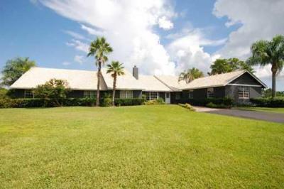 3095 SE Ranch Acres Circle