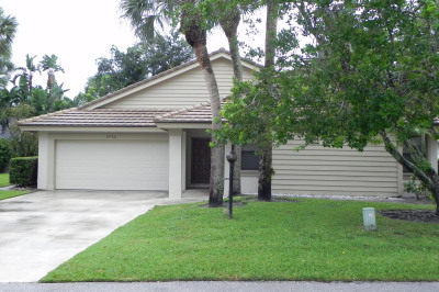 5752 Forestwood Court