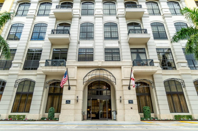 701 S Olive Avenue #1124