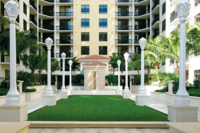 701 S Olive Avenue #1106